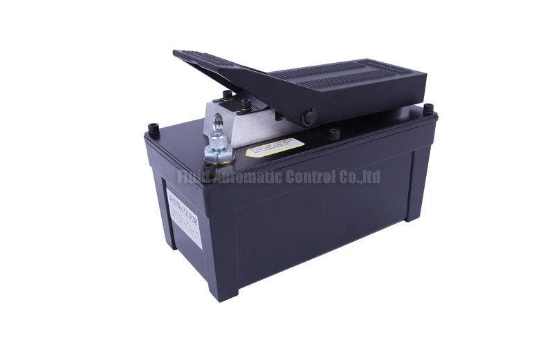 油圧ポンプ 0.85L/min 1.7L 金属の貯蔵所、ラム、出版物、油圧引き手のための 10000PSI 操作圧力を乾燥して下さい